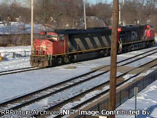CN 5563 & 2270